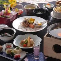 【楽天トラベル限定】蟹一杯付の会席料理をゆっくりお部屋食で堪能。嬉しい岩盤浴の特典付