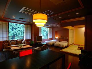 温泉スイート『六庄庵101号室』(露天風呂付客室95平米)