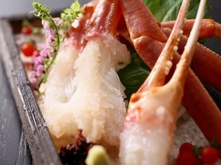 ◆蟹会席・梅コース◆『お1人様にズワイ蟹2杯分』料理自慢の宿の蟹づくし会席【レストラン食】