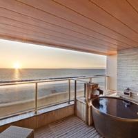 【露天風呂付き客室】プライベートな空間を満喫♪1日3室限定バイキングプラン