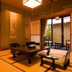 松の間・専用坪庭付きで隠れ家風・源泉掛け流し露天風呂付客室
