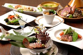 【年末年始特別 】料理長こだわりプラン 〜本物を知るあなたに贈る、伊勢海老、鮑、美熊野牛の宴〜