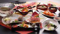【春夏旅セール】【1泊2食】季節の会席料理をご堪能&朝食は人気のバイキング