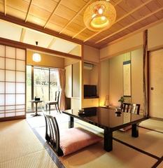 【和室8畳】檜の温泉内風呂付/ カップルにおすすめの純和室