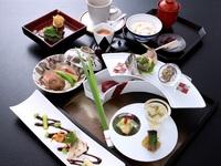 【当館一番人気】カジュアル和会席コース☆朝食なしの朝寝坊プラン♪《夕食付き》