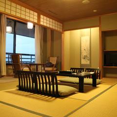 【特別客室】16畳・展望風呂付(12帖+4帖)