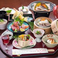 【バンガロー×スタンダード会席】厳選の食材を使用した旬菜会席。大自然のバンガロー宿泊♪