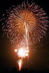 5/12 春を告げる大輪の花火「艸原祭」といもり池の「水芭蕉祭」×ご当地グルメ屋台村!