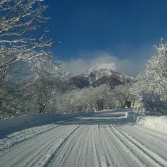 お得な冬のスキーパック!「赤倉全山共通2日券付」プラン 【お先でスノ。】
