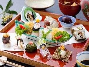 今話題のご当地グルメ「ひたん寿し」クーポン付き3食プラン☆