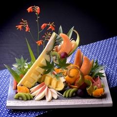 【フルーツの盛り合わせ付きプラン】旅館の夜って、たまらない!一番楽しい時間に、フルーツたくさん!♪♪