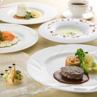 ◆連泊でお得◎爽やかな風が吹く高原リゾートで過ごす☆1泊2食付※選べるご夕食