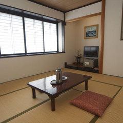 【落ち着いたふんいきの和室6〜12畳】