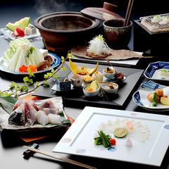 【ふぐスタンダード】漁獲量日本一だから堪能できる!贅沢な逸品揃い「2020 天然とらふぐ料理コース」