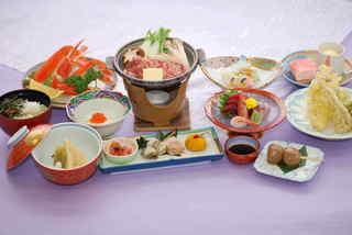 和室でゆっくり☆おいしさを満喫☆夕食付プラン