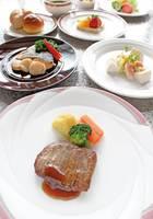【1泊2食付】 4月のおすすめ 西洋料理 『4月のディナー』プラン
