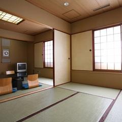 [本館]和室【喫煙】◆6+4.5帖◆〜布団最大5組〜