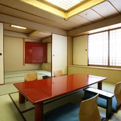 [本館]和室【喫煙】◆6+8帖◆〜布団最大6組〜