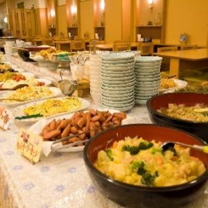 温泉でゆったり♪観光・ビジネスの拠点に!手作り自慢の和洋食バイキングの朝食付き【美味旬旅】
