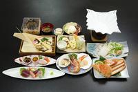 【春の宗谷彩り御膳】稚内名物『タコしゃぶ』+本ズワイ半身 1泊2食プラン♪♪