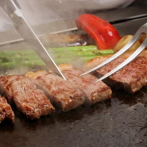 ★【2食付】直営レストラン3店舗から選べるセレクトディナー&朝食バイキング☆