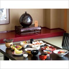 料亭風個室でのお夕食+温泉(日帰り夜の部ご利用)