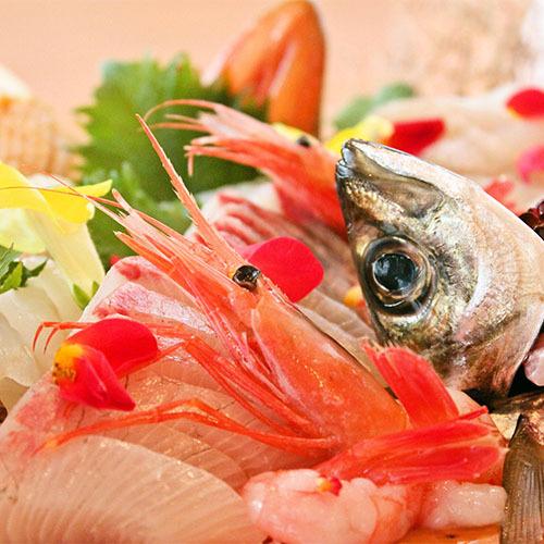 【能登のグルメ旅】美味しいお刺身が食べたいの声にお応えしたグルメ紀行★家族も満足きときと舟盛り会席