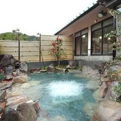 自然の眺めに癒される 和室8畳+広縁