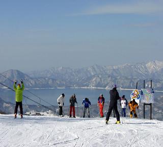 【冬!スキー&スノボならコレ!】田沢湖スキー場リフト1日券付き♪【2食】