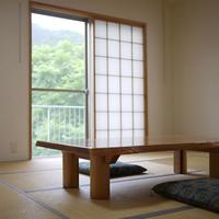 四季折々で変わる山の風景を楽しむ◆和室