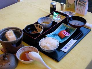 【選べる缶アルコール&おつまみ付き】 朝食付きプラン♪  〜うれしいポイント10倍!〜
