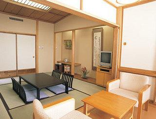 【1泊2食付】和室8畳(バス共同・トイレ付)【現金特価】