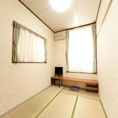 和室6畳〜8畳(NET利用可能)