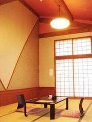 和室(天然温泉バス、トイレ付き)