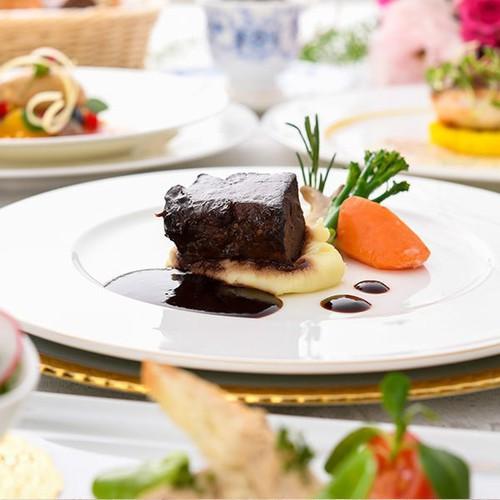 【2食付】 総調理長お勧め カサブランカ「贅沢フルコース」宿泊プラン