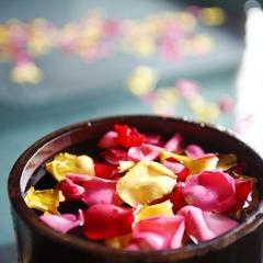 【プレミアム記念日プラン】〜煌めくワインにケーキに花束。7つの特典で彩る、特別な夜・特別な旅。〜