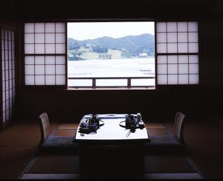 【夕食はゆったりお部屋食】但馬牛会席コース〜京丹後の純和風温泉旅館 碧翠御苑