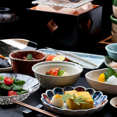 西館「特別室」と季節の「特別室用京懐石」料理