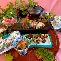 【1泊2食付き】地元食材にこだわり♪おまかせセットメニューを召し上がれ!