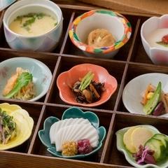 【朝食のみ】【部屋食】3種類から選べる干物など、美味しい朝ごはんを食べて一日のスタートを