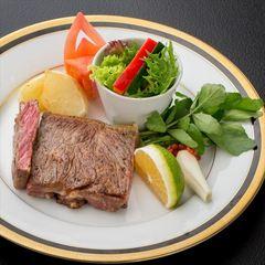 【料理長おすすめ】豊後牛炙りステーキと季節のお造りあったかつみれ小鍋を味わう【極】特別会席プラン