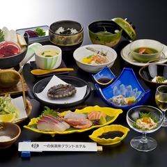 【会場食だから1100円OFF♪】レギュラープラン 下関名物ふく料理選べるお鍋〜 旬の会席料理