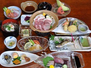 【源泉掛け流しの湯を満喫】新鮮な海の幸♪プチ海鮮丼付プラン