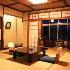標準C客室(バス無シャワートイレ付/和室10畳/3F/喫煙)