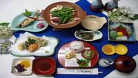 ●【2食付】全7品 当館スタンダード・メインは美容のビタミン豊富「鴨の陶板焼き」お部屋又は個室食事処