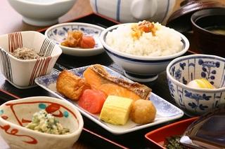 【レイトチェックインOK!】朝食付プラン♪【こころの湯入浴券付】