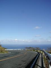 八丈富士と海が見える和室10畳(海水浴場まで徒歩15分)