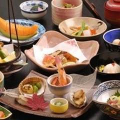 【富士山&レイクビュー確約☆】湖畔の旅暦 夕朝食付き お食事処で懐石料理【松】