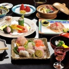 龍宮殿ステイ (夕朝食付き)  お部屋食特選懐石料理【亀】