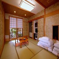 【庭に面した1階】13平米-和室[杉]または[椿]